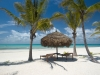 Sonnenschirm am Strand von Mosambik